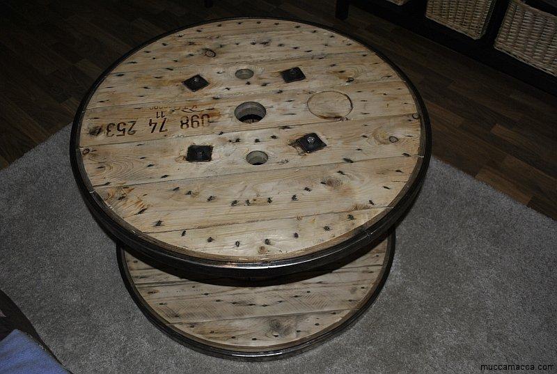 Kabeltrommel Holz Tisch Bauen ~ Kabeltrommeltisch aus Holz als Couchtisch
